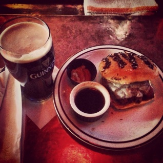 LakeHouse Pub roast beef sandwich | Photo by Christopher Malone